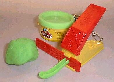 Verde Play-Doh com lata e brinquedo acessório